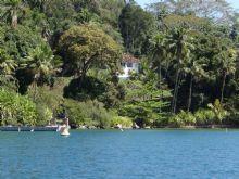 Ilha em Angra